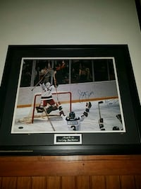 Autographed 1980s Miracle on Ice 697 mi