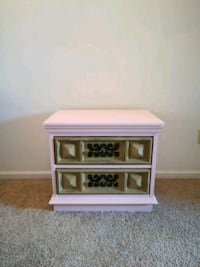 Newly renovated night stand Northport, 35406