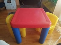 red yellow and blue plastic table set Dolton, 60419