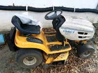 Cub cadet riding mower  Harwood, 20776