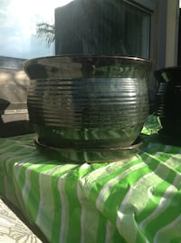 """Retail 30-Selling 10ea for a 12""""glazed pots with builtin overflow cup Toronto, M6K 2E5"""