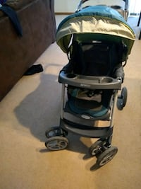 baby's black and gray Graco stroller Mount Pleasant, 48858