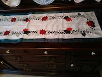 Table runner and mantle piece