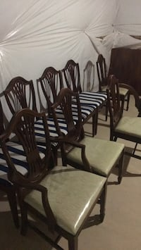 four brown wooden windsor chairs Leesburg, 20176