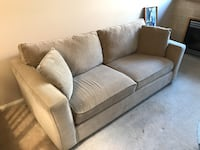 Full size sofa - clean and good condition North Vancouver, V7M 2G3