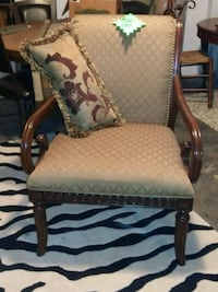 Finished wood cloth chair Cleveland, 44109