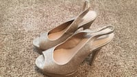 Pair of gray glittered peep-toe slingback platform pumps Colorado Springs, 80918