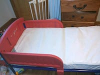 red and white plastic bed frame Des Moines, 50316