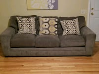 gray fabric 3-seat sofa & chaise Owings Mills, 21117