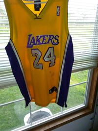yellow and blue Lakers 24 jersey Marydel, 19964
