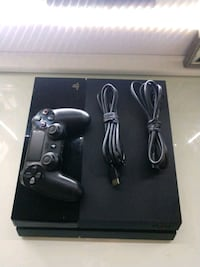LIKE NEW SONY PS4 + CONTROLLER, 3 GAMES, CABLES Diamond Bar, 91765