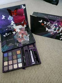 Urban Decay Book of Shadows Palette New Westminster, V3M 0A3