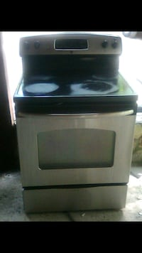 G.E stainless steel flat top stove Morrow, 30260