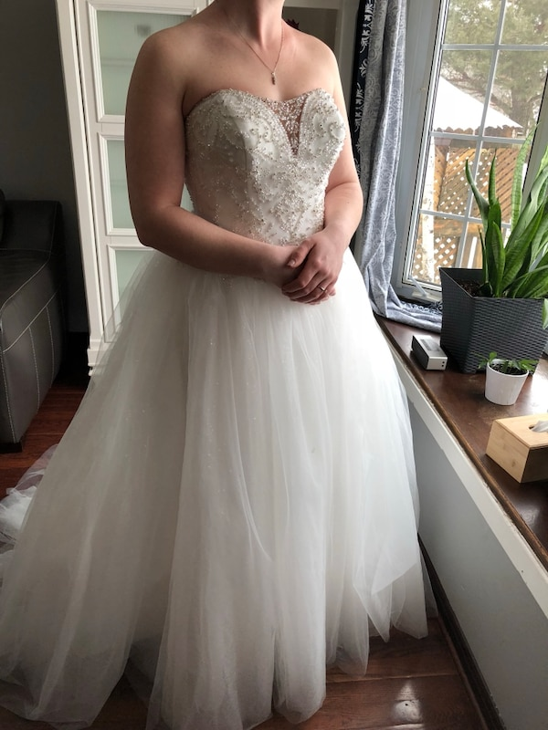 e341a1827ae Women s BNWT white wedding dress usado en venta en Toronto - letgo