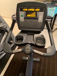 Life Fitness 95c Commercial Upright Bike Dumfries, 22025