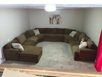 10pc sectional, 3 years old Magna