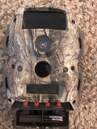Small trail camera (no bunchy cords) 59 mi
