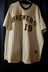 Mitchell and Ness throwback Robin Yount Jersey  North Babylon, 11703