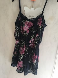 Playsuit från whoops Lund, 227 62