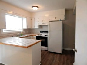 Townhome For Rent 2BR 2Ba