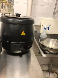 black and gray electric kettle Arlington, 22206