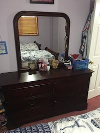 Twin sleigh bedroom set with chest and dresser   Sterling Heights, 48310