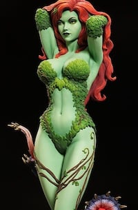 Poison Ivy Green With Envy Premium Format Figure - Sideshow PFF