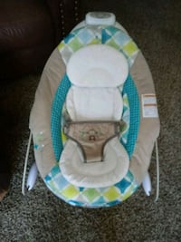 baby's white and blue bouncer Lafayette, 47909