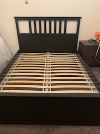 Queen bed and book case Grand Prairie, 75054