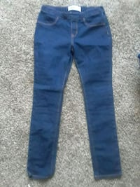 Girls old navy skinny jeans  49 km