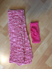 """Headband and very long acrylic scarf, approx 100"""" long - $5 Mississauga, L5L 5P5"""