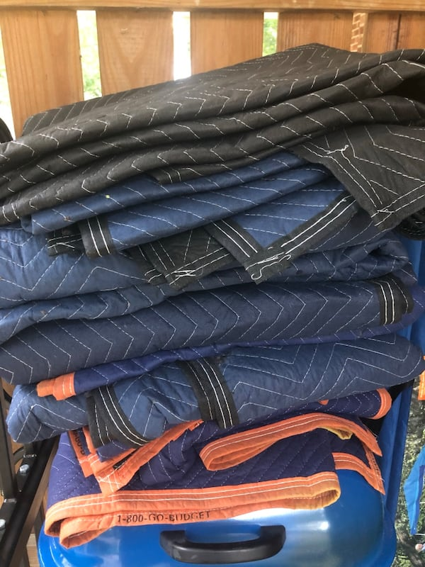 Moving Blankets 0482a647-8791-48d2-8a30-75651e858612