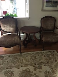 2 French country chairs and table 32 mi