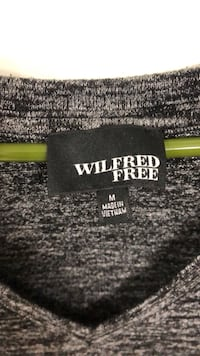 Wilfred free top like new!!! Medium!  Chicago, 60618