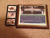 Vancouver Canucks signed and framed photo with Wayne Gretzky,bobby Orr,and Sidney Crosby cards also frames