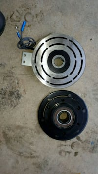 Electric clutch for tailgate sander