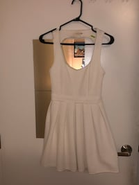 White dress size medium  Toronto, M2J 0B9