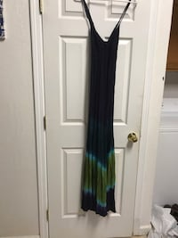 Free People hombre maxi. Too small for me but it was so beautiful I bought it anyway. Hopeful but nay.