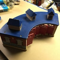 Gently Used Thomas the Train engine wooden railway garage $10 obo Mississauga, L5L 1G3