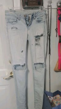 0 AE SKINNY JEANS WHITE WASH WITH HOLES Forest Hill, 21050