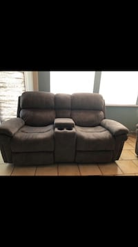 Electric reclining sofa, perfect conditions. Bought five months ago. Pembroke Pines, 33024