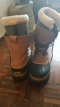 Mens Size 11 Sorel Winter Boots  Mississauga, L5A 3P8