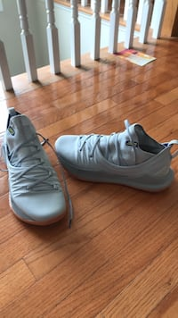 Curry 4 Size 12.5  Baltimore, 21237
