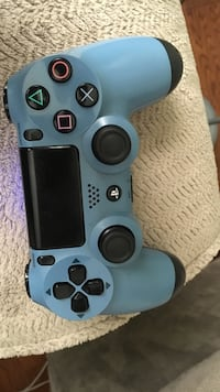 Uncharted 4 grey blue controller ps4