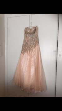 Peach color night dress very good condition