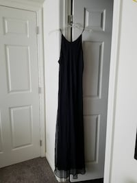 Navy blue gown size 14 Hagerstown, 21740