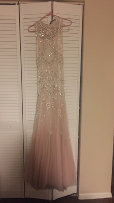 Needle and Thread Blush Wedding/formal dress Size 4