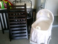 baby's wooden crib almost new and bassinet Houston, 77063