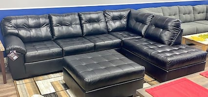 Showtime Onyx 2-Piece Sectional