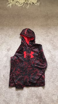 black and red Under Armour pullover hoodie Cambridge, N1P 1C1